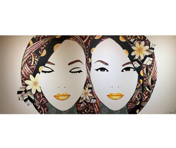 TWIN LADIES